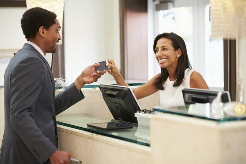 Como escolher o melhor hotel para viagens de negócios